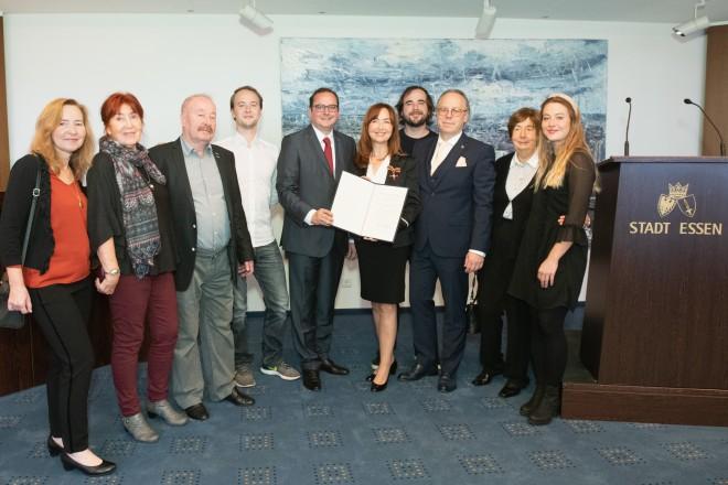 Foto: Annette Rexrodt von Fircks nahm das Verdienstkreuz am Bande des Verdienstordens der Bundesrepublik Deutschland mit Freude entgegen.