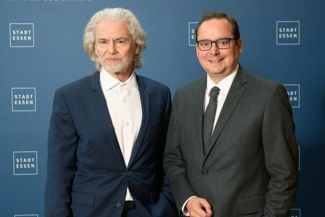 Dr. Hermann Bühlbecker zu Besuch bei Oberbürgermeister Thomas Kufen.