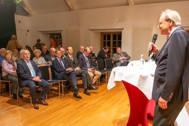 """Foto: Bürgermeister Rudolf Jelinek besuchte das Symposium """"Europa ohne Großbritannien?"""""""