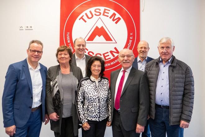 Bürgermeister Rudolf Jelinek besucht den Neujahrsempfang des TUSEM ESSEN