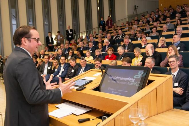 Foto: Oberbürgermeister Thomas Kufen beim Neujahrsempfang der Universitätsmedizin Essen. Foto: Knut Vahlensieck, Universitätsmedizin Essen