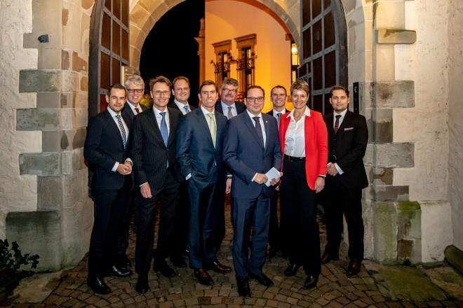Foto: Oberbürgermeister Thomas Kufen beim ASW Sicherheitspolitischer Kaminabend. Foto: J. Schneider, ASW West e.V.