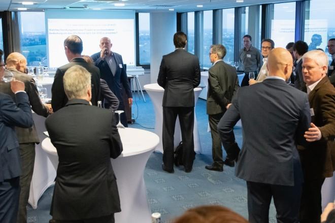 """Foto: Treffen des Netzwerks """"Grüne Hauptstadt Europas"""" in der 22. Etage des Essener Rathauses."""