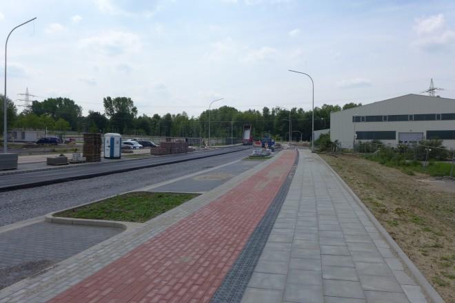 Foto: Arbeiten an der neuen Verbindungsstraße zwischen Schöndscheidtstraße und Hubertstraße im Jahr 2019.