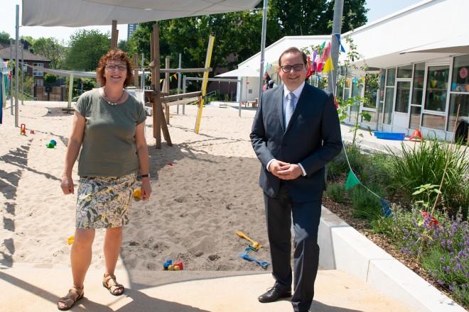 Oberbürgermeister Thomas Kufen besucht die Kita Lysegang