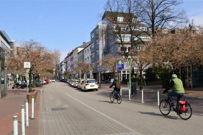 Foto: Zwischen Martinstraße und Zweigertstraße wird die Rü zur Einbahnstraße und nur noch in Richtung Bredeney befahrbar sein.