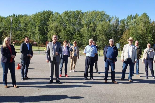 Foto: Oberbürgermeister Thomas Kufen nahm am Wochenende an einem Fahrsicherheitstraining der Verkehrswacht Essen e.V. speziell für Elektrofahrzeuge teil.