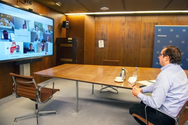 """Digitale Infoveranstaltung zum Thema """"Olympische und Paralympische Spiele im Jahr 2032"""""""