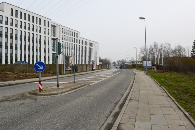 Der Berthold-Beitz-Boulevard wird zwischen der Bottroper Straße und Feilenstraße ab Juli vierspurig ausgebaut werden.
