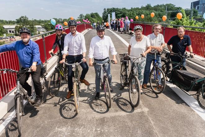 Eröffnung der neuen Fuß- und Radwegbrücke über den Berthold-Beitz-Boulevard.