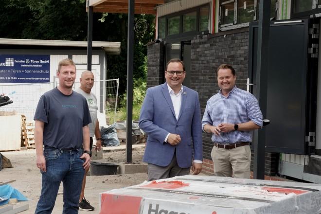 Foto: Oberbürgermeister Thomas Kufen besucht ie Spielvereinigung Schonnebeck.