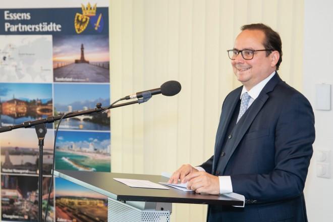 Anlässlich des 30. Jahrestages der Städtepartnerschaft zwischen Essen und Nishni Nowgorod begrüßte Oberbürgermeister Thomas Kufen die Gäste im Essener Rathaus.