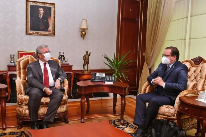 Zu Gast in der Türkei: Oberbürgermeister Thomas Kufen (r.) bei Ankaras Bürgermeister Mansur Yavaş