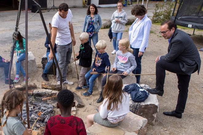 Die Kinder hatten die Möglichkeit ihr eigenes Stockbrot am Lagerfeuer zu backen.