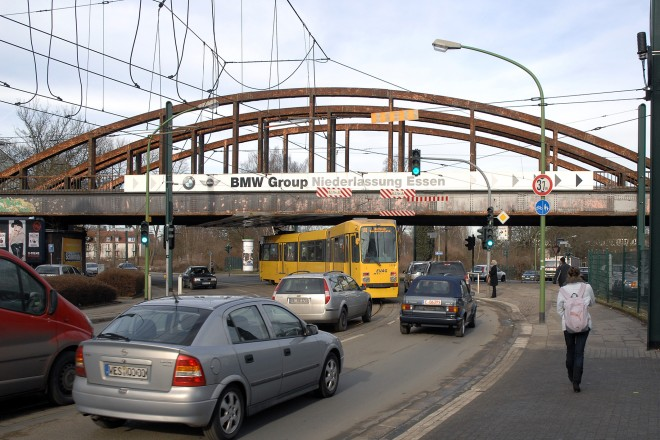 Alte Eisenbahnbrücke in Essen-Altendorf, Helenensstraße Ecke Haus-Berge-Straße