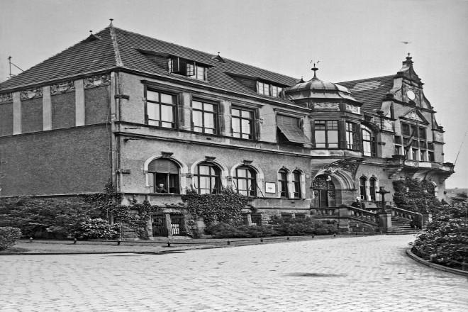 Rathaus Bredeney, um 1925