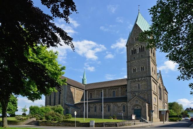Herz- Jesu- Kirche