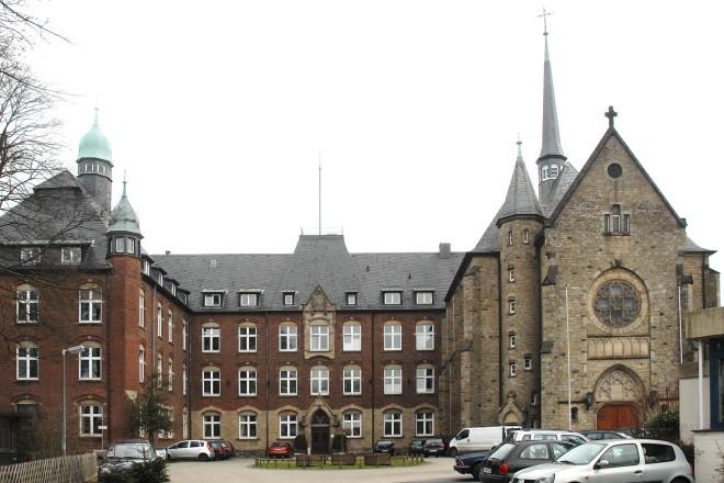 Kamillus- Haus in Essen-Heidhausen