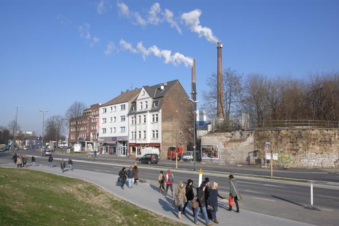 Gladbecker Straße Ecke Blumenfeldstraße. 02. 02. 2012