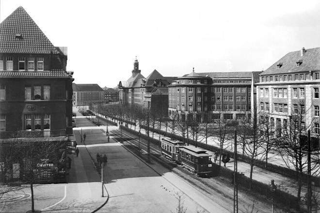 Zweigertstr. mit Landgericht und Erzhof frühestens 1924 (bis ca.1927)