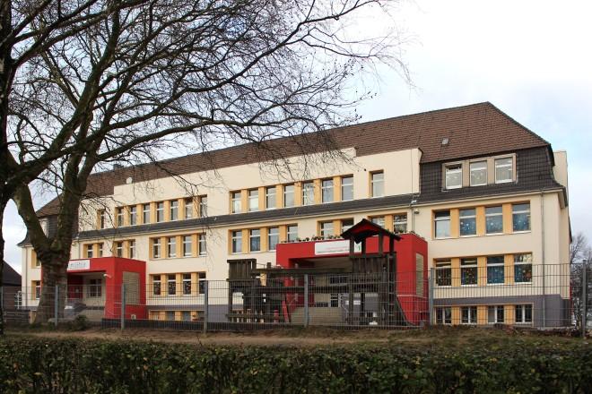 Foto: Schiller-Schule und Johann-Michael-Sailer Schule in Essen-Schonnebeck