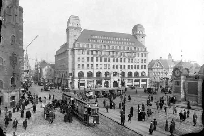 Nördlicher Bahnhofsvorplatz, Hotel Handelshof, 1912