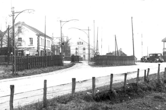 Überruhr Hinsel Bahnübergang um 1945